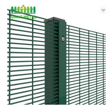 358 fence4